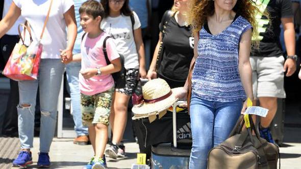Gurbetçilerin Otel Tercihi Antalya Oldu