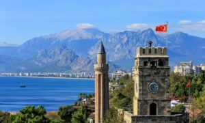 Antalya'da Gezilecek Yerler, Ulaşım ve Konaklama